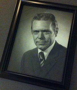 Bild av Sigvard Ando styrelseordförande 1974